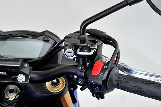 GSX-S1000ヘルメットホルダー